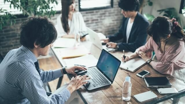 試用期間の退職は転職に不利なの?在職中の転職活動に必要な期間は?