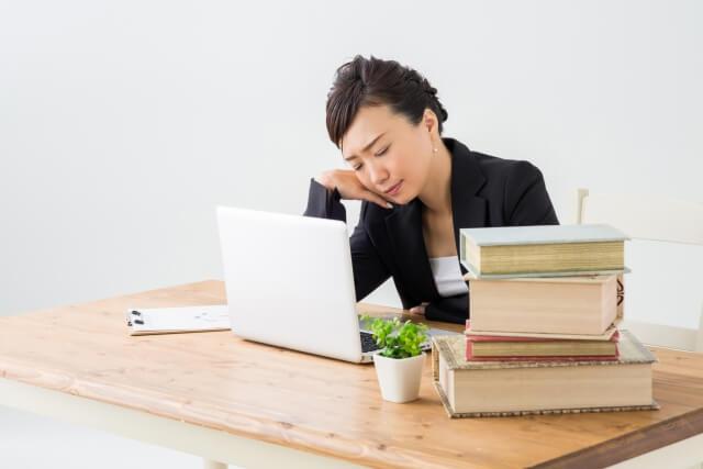 退職前の仕事がない期間はどのような状況になるのか