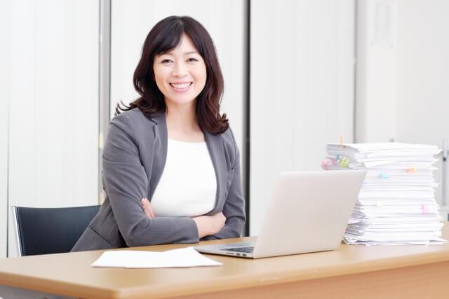 女性の管理職を辞めたいときの対処法とは?中間管理職はストレスで退職が多い?